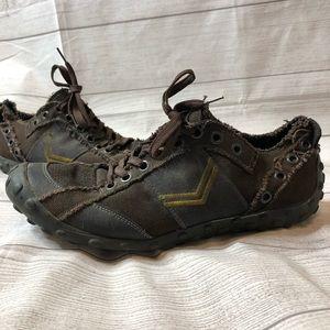 GBX Mens Size 12 Brown Heavy Duty Sneakers